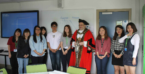 High peak Mayor Stewart Young with Korean summer school students
